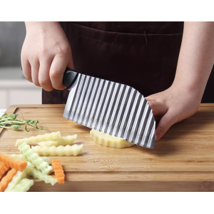OTOWARE Large French Fries Cutter Knife Crinkle Potato Cutter Slicer